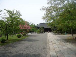 神社仏閣の一角